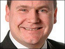 Council leader Carl Minns