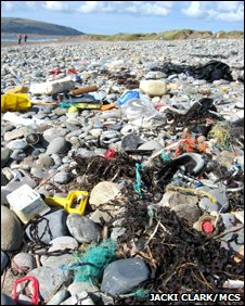 Littered UK beach, image courtesy Jacki Clark/MCS