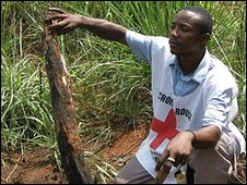 Jacques Akoba, Red Cross volunteer