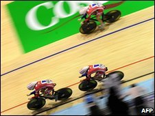 British team members Joanna Rowsell, Lizzie Armitstead and Wendy Houvenaghel compete during the women's team pursuit