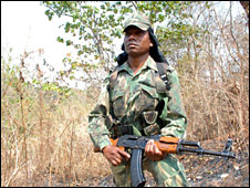 Troops hunting for Maoist rebels in Jharkhand