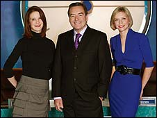 Countdown host Jeff Stelling with Susie Dent (l) and Rachel Riley (r)