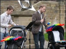 Jack Corlett and Ben Thompson play Music for Prams