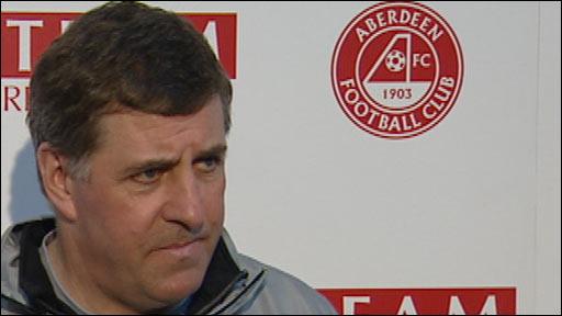 Aberdeen manager Mark McGhee