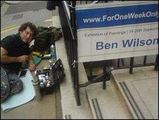 Pavement gum artist Ben Wilson