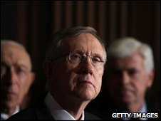 Senator Harry Reid (centre) in Washington, 25 March