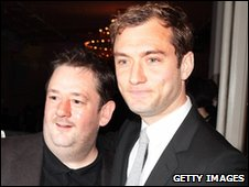 Johnny Vegas and Jude Law 
