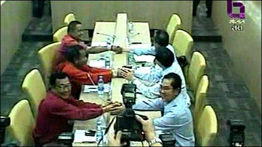 The meeting between the Thai PM and protest leaders