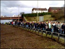 English Defence League supporters make their way into Dudley