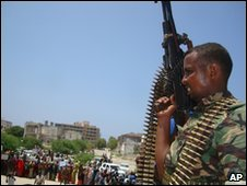 A Somali government soldier