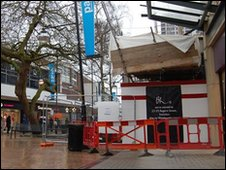 Scaffold collapse in Swindon