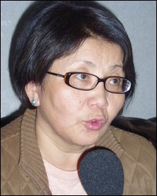 Roza Otunbayeva (file image from February 2005)