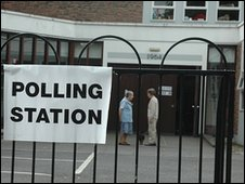 Voters in Belfast, 2009