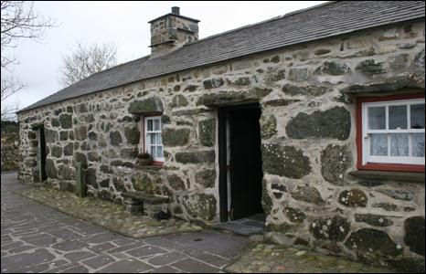 Cae'r Gors cottage, Rhosgadfan