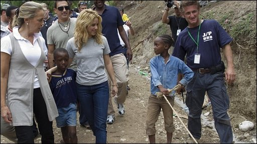 Shakira with Sean Penn