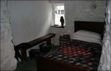 Cae'r Gors bedroom