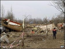 The wreckage of the plane in Smolensk, 13 April
