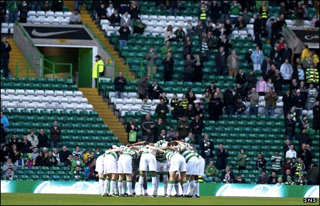 Half-empty stands at Celtic Park
