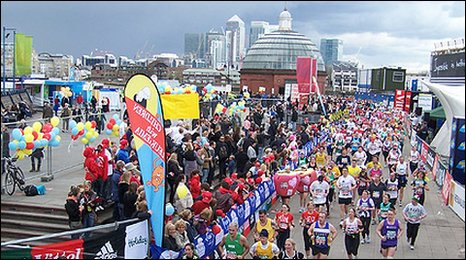 London Marathon through Greenwich