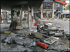 Petrol station in Tehran after petrol rationing protests - 2007