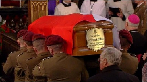 Polish President Lech Kaczynski and his wife buried in Wawel Cathedral