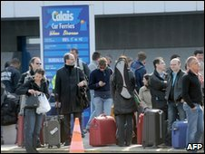 Queues at Calais