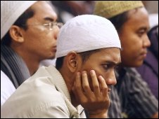 Muslims in court hearing 19 April 2010