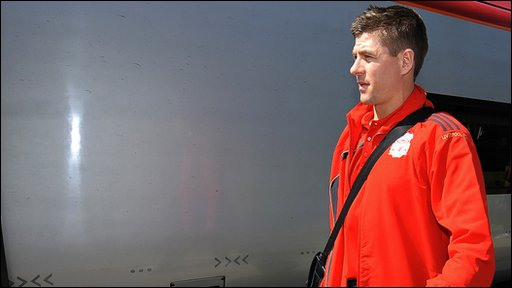 Steven Gerrard boards the train