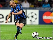 Wesley Sneijder levels for Inter