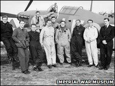 Douglas Bader & pilots of 242 Squadron