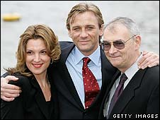 Daniel Craig with Barbara Broccoli (l) and Michael G Wilson (r)