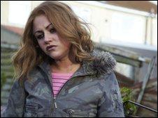 Anneli Alderton (Jaime Winstone)