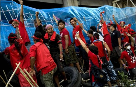 Red-shirt protesters in the Silom business district on 22 April 2010