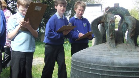 Students from Eyke primary school, Suffolk, at Campsea Ashe church