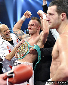 Mikkel Kessler (left) and Carl Froch