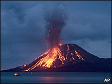 The Anak Krakatau erupts in Indonesia. Photo: November 2007