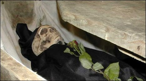 Skeleton in a Coffin