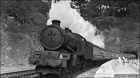 Steam train near Teignmouth (Norman Lockett)