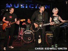 Produkty on stage at The Musician, Leicester