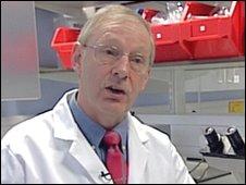 Dr David Flavell