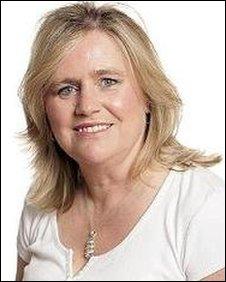 Lynne Hillan