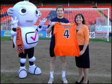 Dundee United striker Jon Daly and Lorraine Kelly