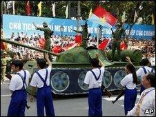 Replica tank in Ho Chi Minh City, Vietnam (30 April 2010)