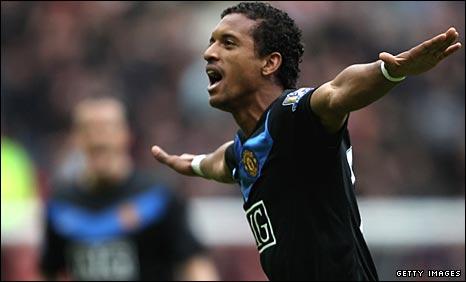 Nani celebrates scoring the winner against Sunderland