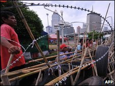 Red-shirt barricade in Bangkok on 4 May 2010