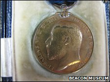 An Edward medal awarded to one of the rescuers