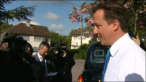David Cameron delivers leaflets in Hendon, north London