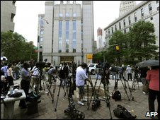 Journalists outside New York courthouse awaiting arraignment of Faisal Shahzad - 4 May 2010