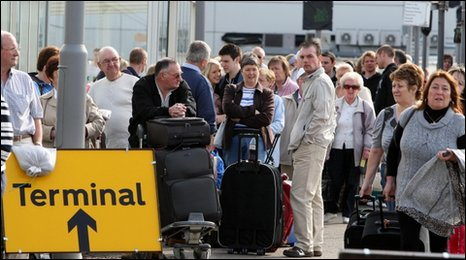 ir passengers at Glasgow Airport, which is closed due to volcanic ash in the atmosphere