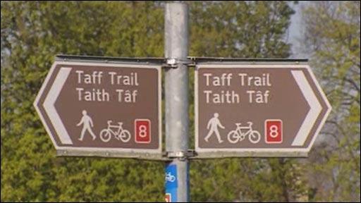 Arwydd Taith Taf yng Nghaerdydd